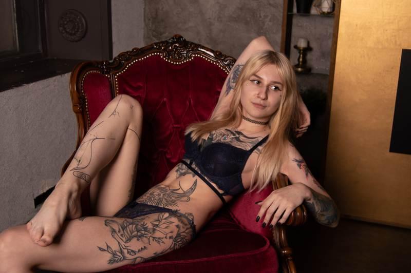 AlinaWhitmore